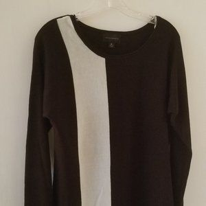 INVESTMENTS -M size Black & White light sweater